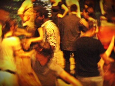 seine dancing5